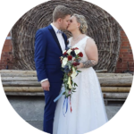 Ein großes Dankeschön an Max! Er hat mit seinem tollen Hochzeitsfilm eine Erinnerung geschaffen, die unseren schönsten Tag im Leben immer wieder präsent macht. Danke für die tolle Begleitung und einen wundervollen Film, den wir in ein paar Jahren hoffentlich auch unseren Enkeln noch zeigen können! Wir empfehlen dich und deine Arbeit gerne weiter. - Franziska Schlabach, Braut